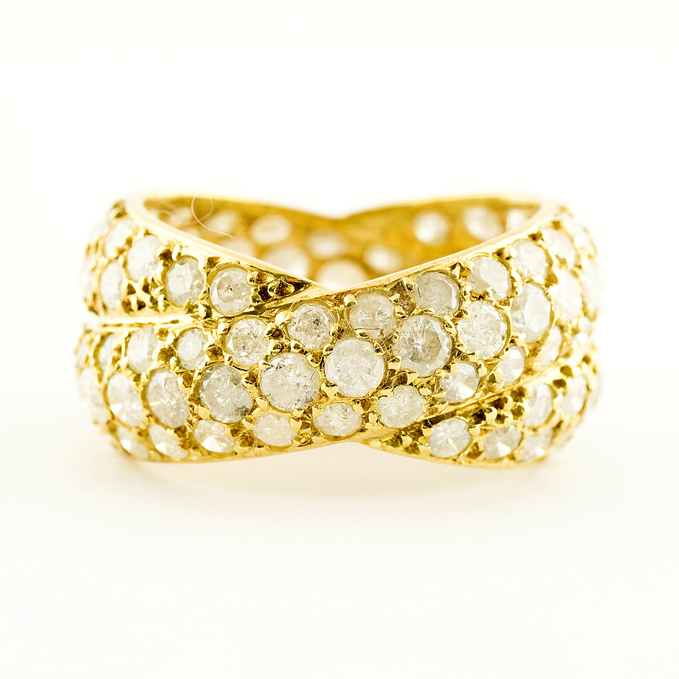 Anillo de Oro de 18k. con 116 Diamantes Naturales Talla Brillante de 3,72 ct. total (K-L/I3). Certificado IGE
