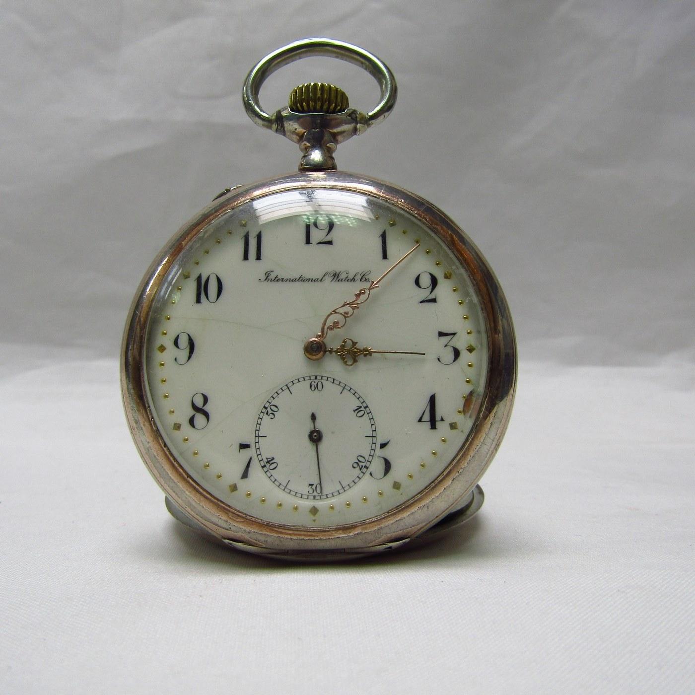 (IWC) International Watch Company. Reloj de Bolsillo, lepine y remontoir. Suiza, Año 1907.