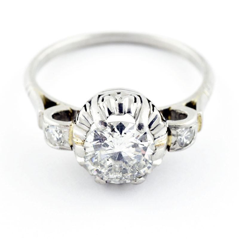 Solitario en Oro de 18k. Diamante Natural talla Brillante de 1,25 ct. Color, I. Claridad, SI1-SI2. - Tamaño: 17,25 mm.
