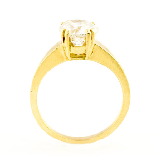 Sortija en Oro con Diamante Natural talla Brillante de 1,89 ct. (I/P3). Certificado IGE. 17,25 mm.