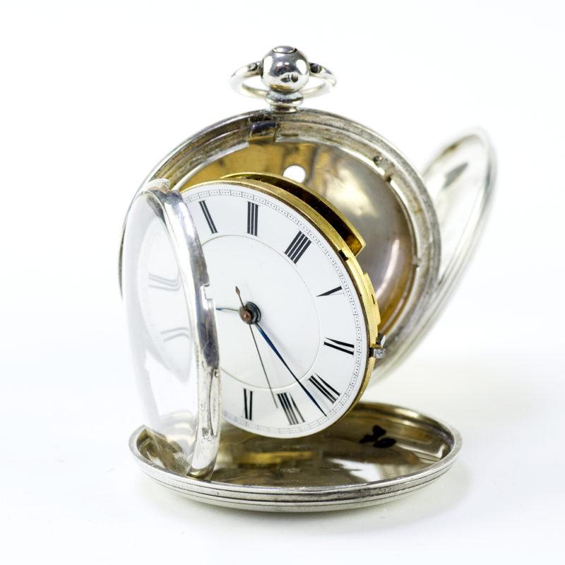 W.M. CLARKE & SONS. Londres. Reloj de Bolsillo, saboneta. Londres, 1865.