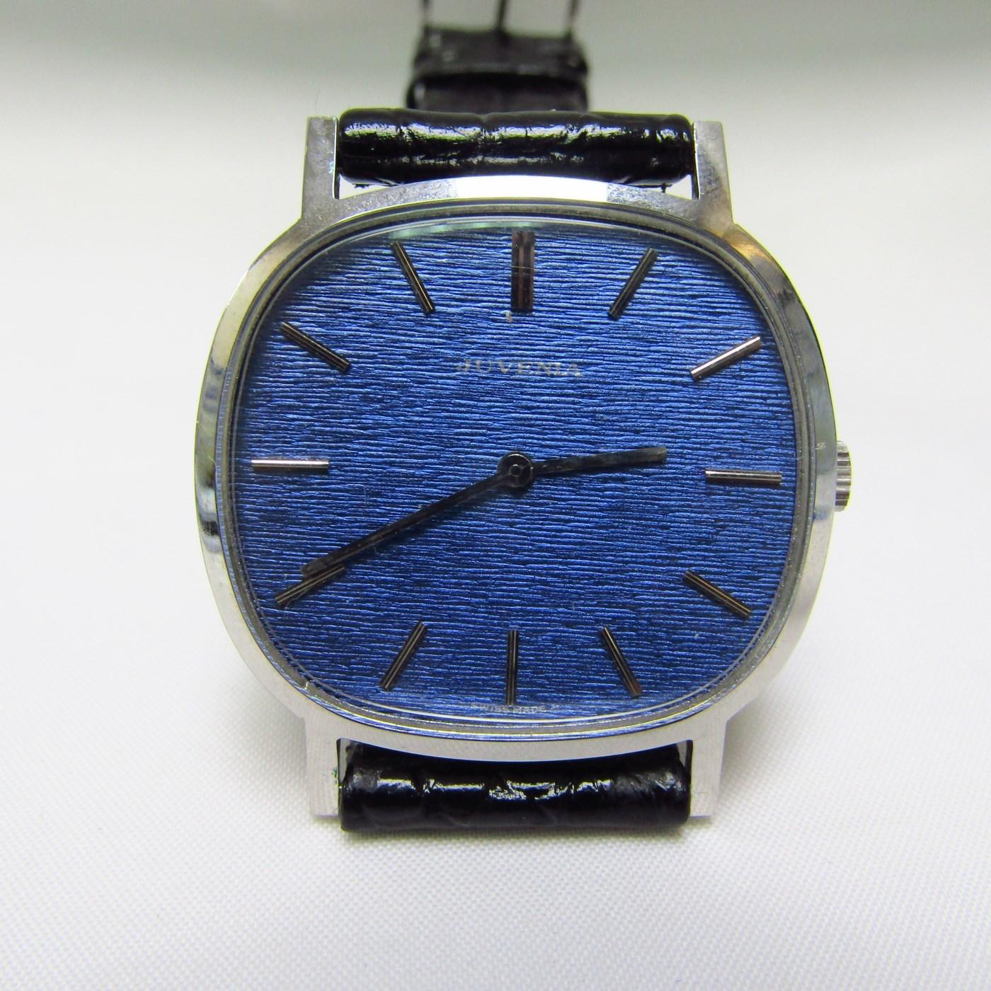 JUVENIA. Reloj de pulsera para caballero. Acero. Ca. 1960